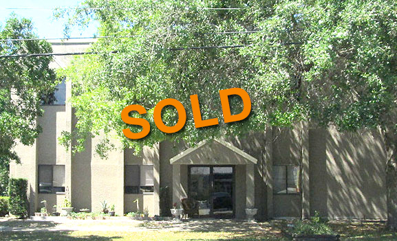 SEMINOLE OFFICE BUILDING W/ STORAGE FOR SALE